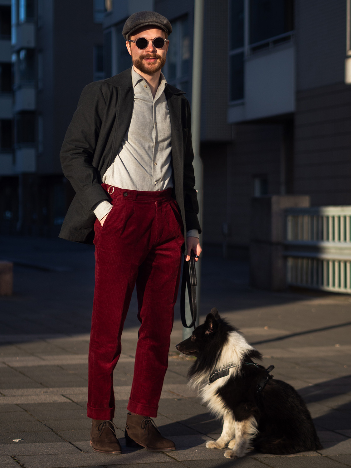 Men's outfit idea for 2021 with grey single-breasted overcoat, grey plain casual shirt, red chinos. Suitable for spring, autumn and winter.