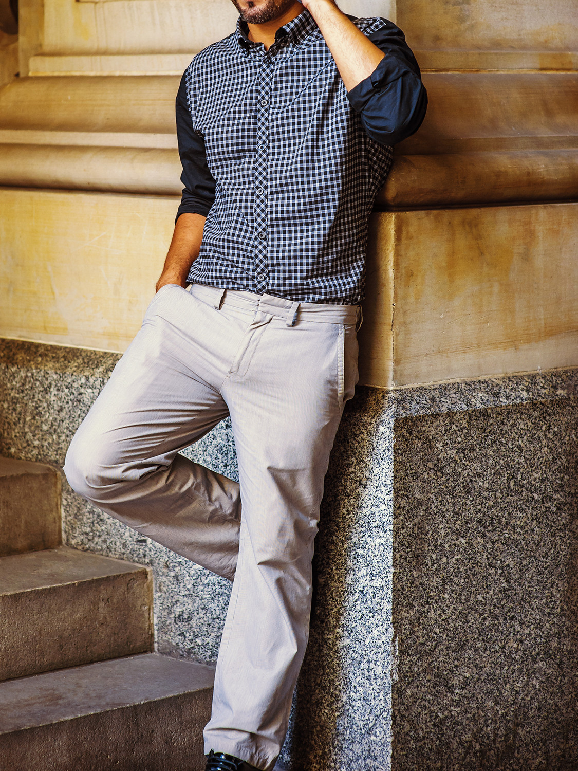 Men's outfit idea for 2021 with navy small-check casual shirt, neutral chinos, black oxford / derby shoes. Suitable for spring, summer and autumn.