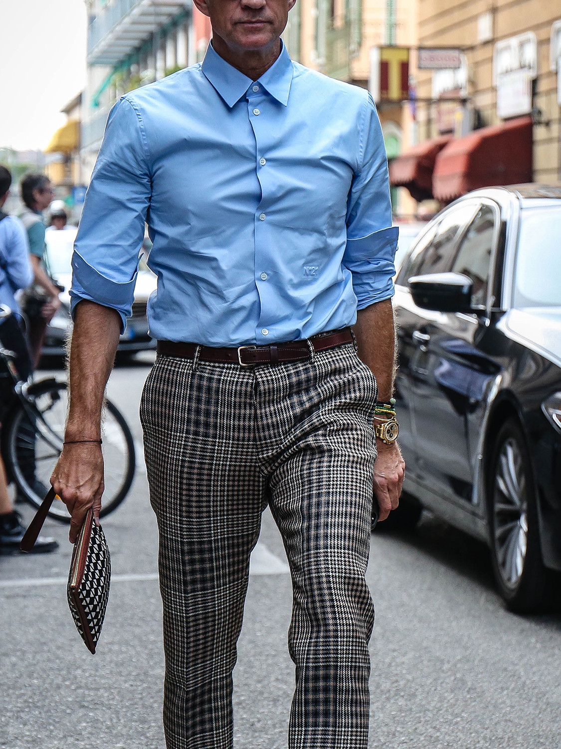 Men's outfit idea for 2021 with blue formal shirt, brown casual belt, loafers. Suitable for spring and autumn.