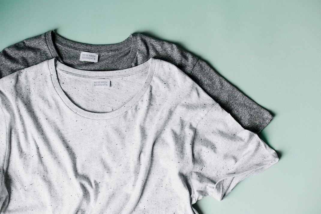 What exactly is: Salt and pepper knit?