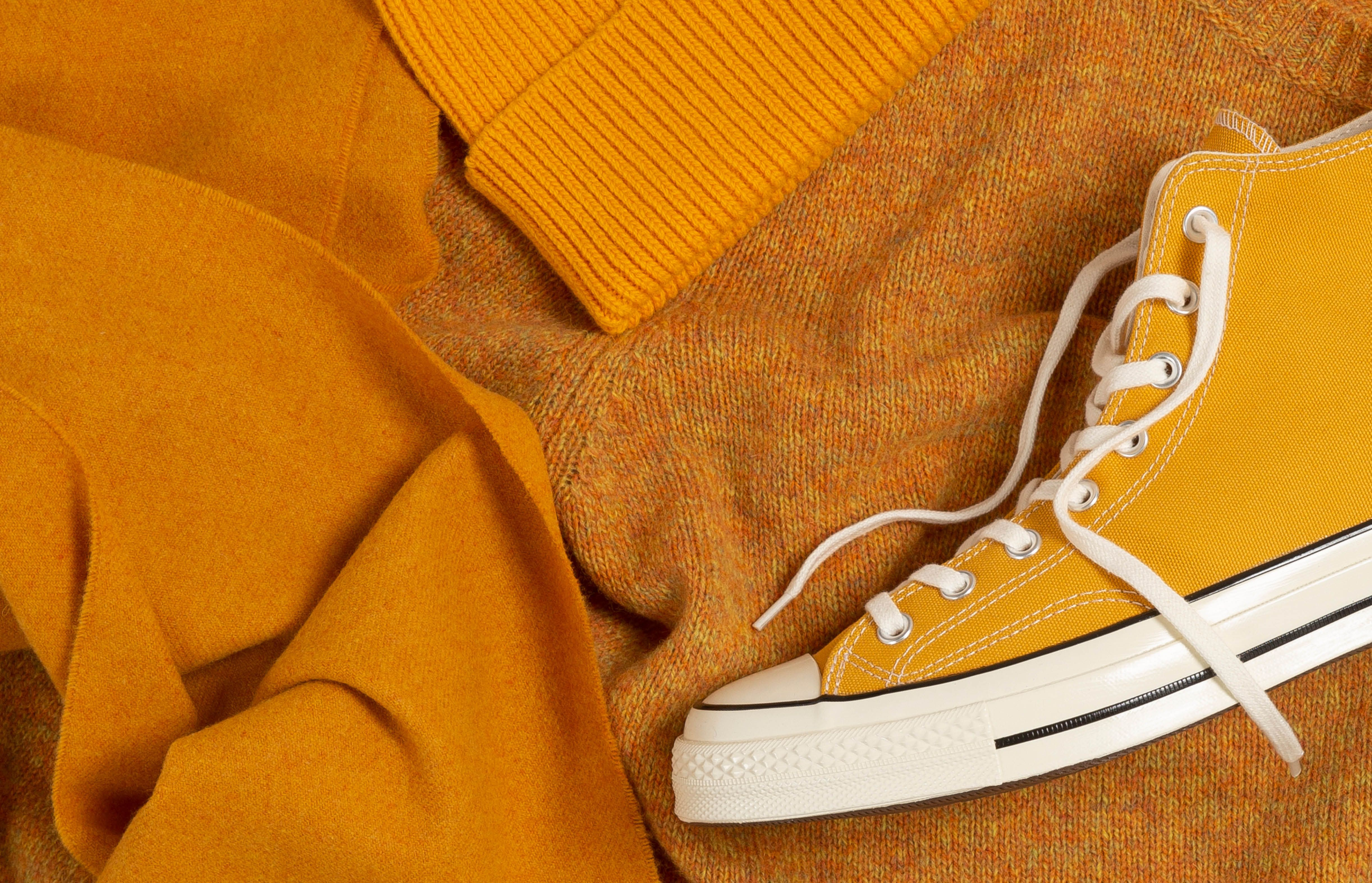Why you should wear mustard yellow this season