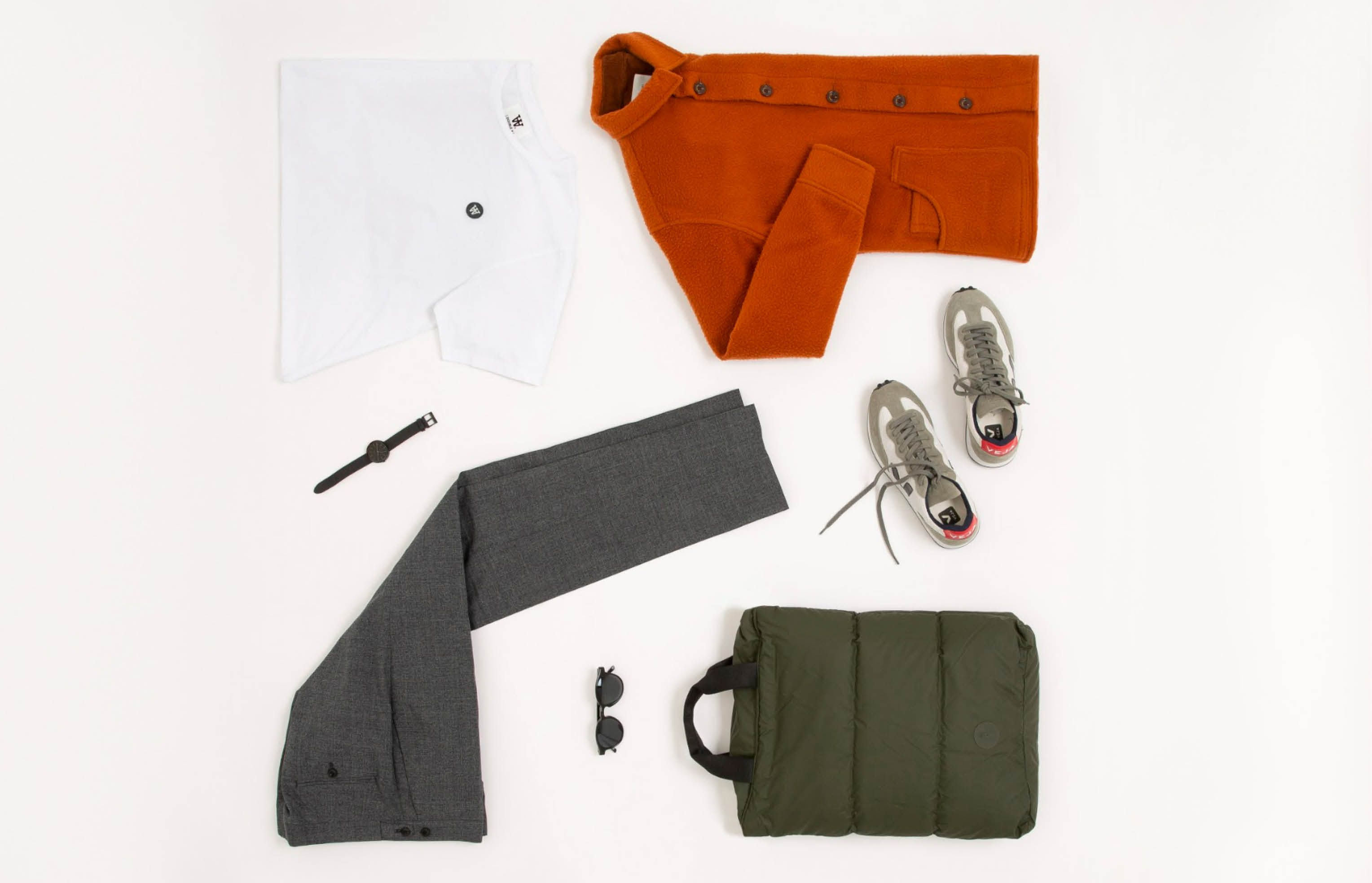 The modern way to nail  smart casual dressing