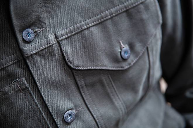 How to: Wear a men's military-style jacket